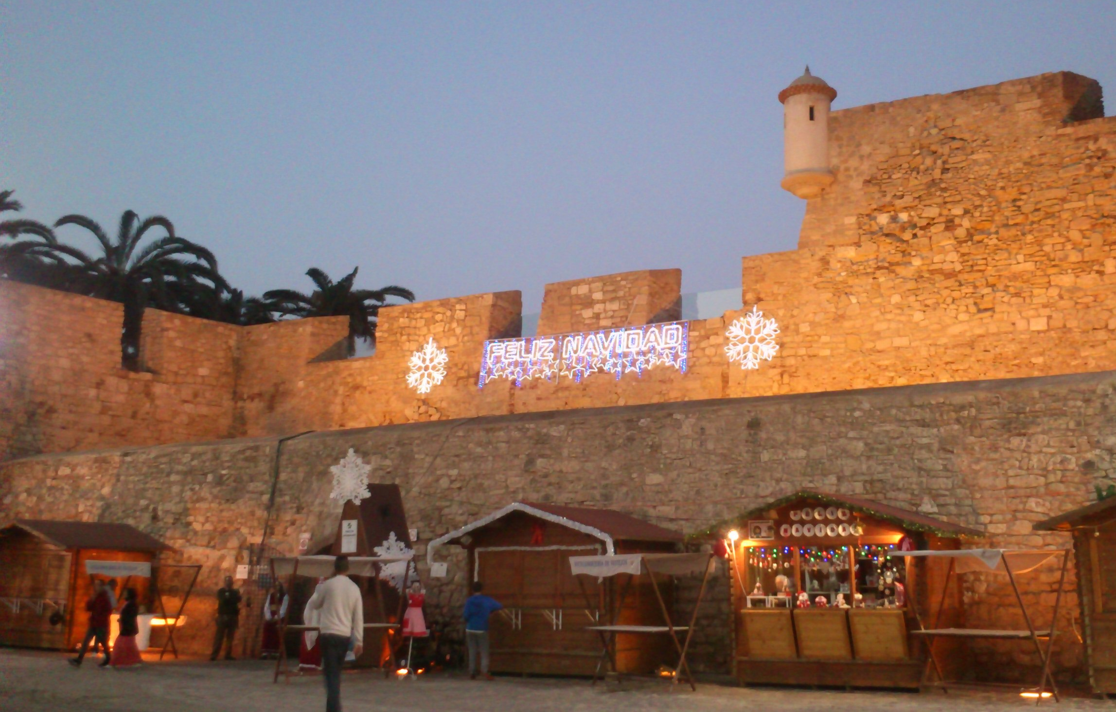 X-mas market in the Spanish enclave of Melilla, 13.12.16. Photo: Cohen, Licence: CC by-nc-sa Creative Commons Licence: Attribution + Noncommercial + ShareAlike